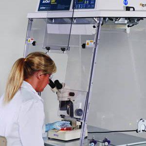 CABINAS PARA MICROSCOPIOS